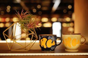 コーヒー、フレイバーウォーターをフリードリンクでご用意しています。